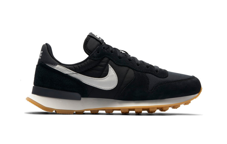 NIKE Wmns Internationalist (828407-021)
